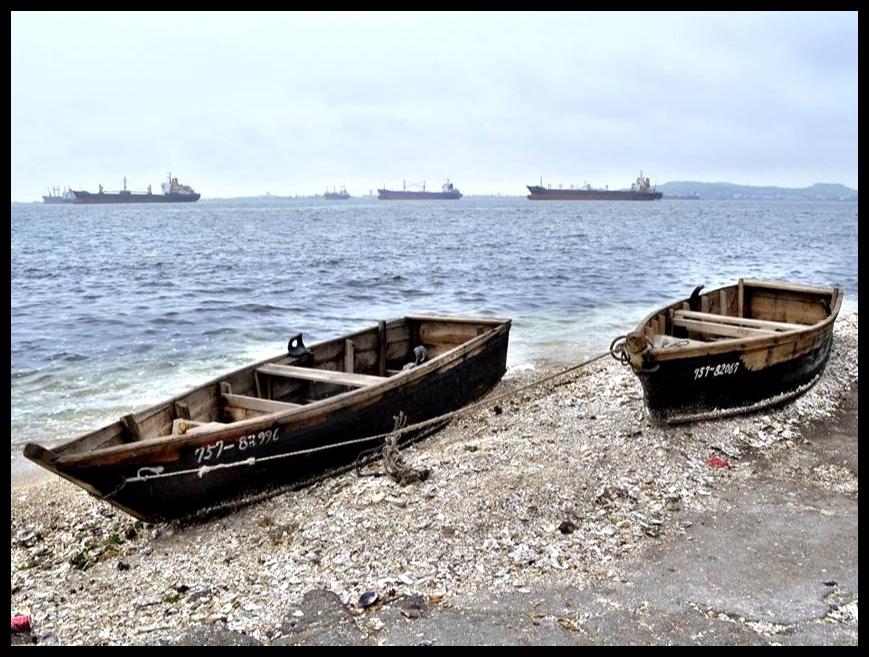 In Wonsanbaai het ek op die twee vlagskepe van die Noord-Koreaanse vloot afgekom.