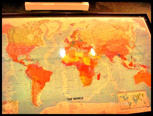 Die veldslag by Waterloo was destyds groter nuus as 9/11 in 2001. Die rooi liggies op hierdie kaart dui al die plekke in die wêreld aan wat na dié klein Belgiese dorpie vernoem is.