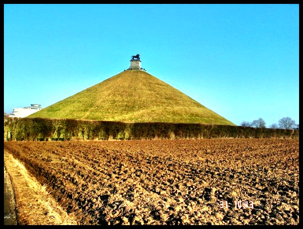 Die monument op die slagveld, opgerig ter nagedagtenis aan die Prins van Oranje wat op daardie plek noodlottig deur 'n Musket-koeël getref is.