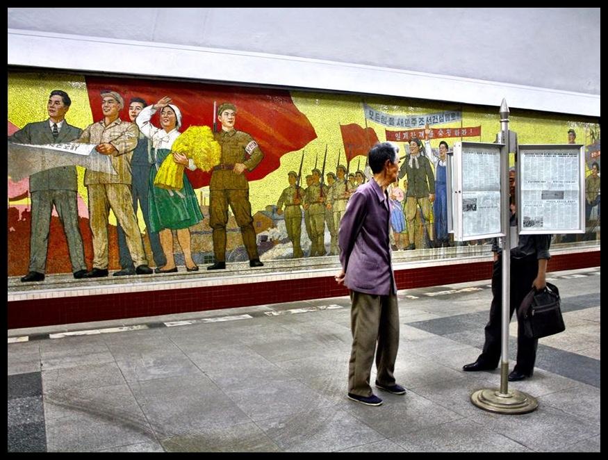 Vandag in die nuus: Kim Jong Un ontwikkel 'n kuur teen VIGS. Die Verenigde Nasies verklaar dat Noord-Koreane met die beste lewenstandaard ter wêreld spog. Die VSA staan op die punt om die DPRK binne te val - alweer/nog steeds.